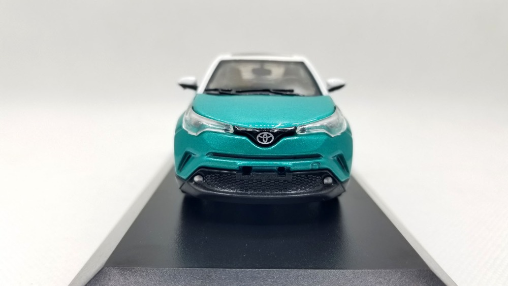 1/43 Toyota C-HR 2017 CHR C HR Green Alloy Toy Car, Diecast Scale Model Car, Collectible Model Car, Miniature Collection Die-cast Toy Vehicles Gifts