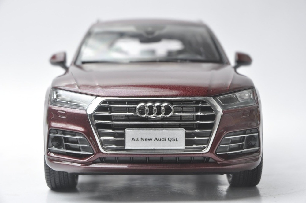 1/18 Audi Q5L Q5 2018 Red New SUV Alloy Toy Car, Diecast Scale Model Car, Collectible Model Car, Miniature Collection Die-cast Toy Vehicles Gifts