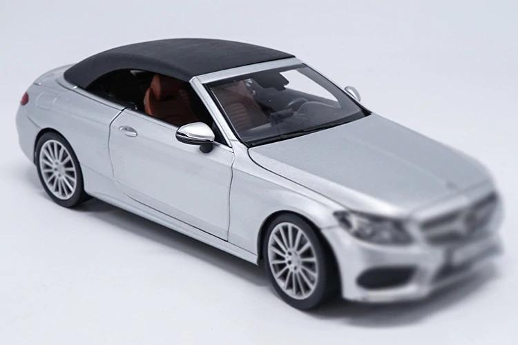 1/18 C Class Klasse Convertible C200 A205 Silver Alloy Toy Car, Diecast Scale Model Car, Collectible Model Car, Miniature Collection Die-cast Toy Vehicles Gifts