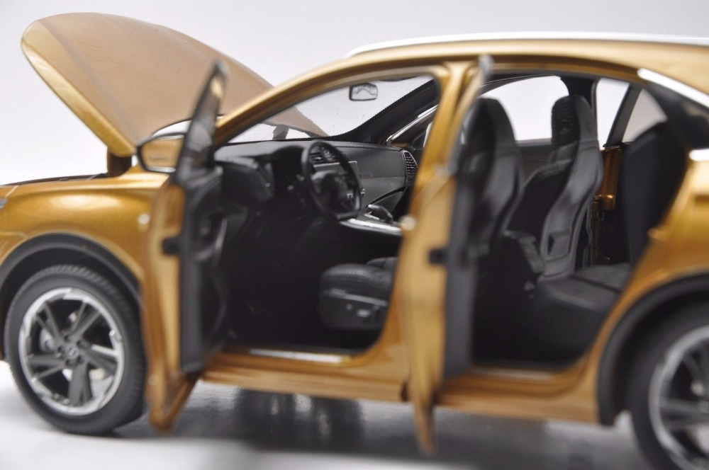 1/18 Citroen DS 7 DS7 2018 Gold SUV Alloy Toy Car, Diecast Scale Model Car, Collectible Model Car, Miniature Collection Die-cast Toy Vehicles Gifts