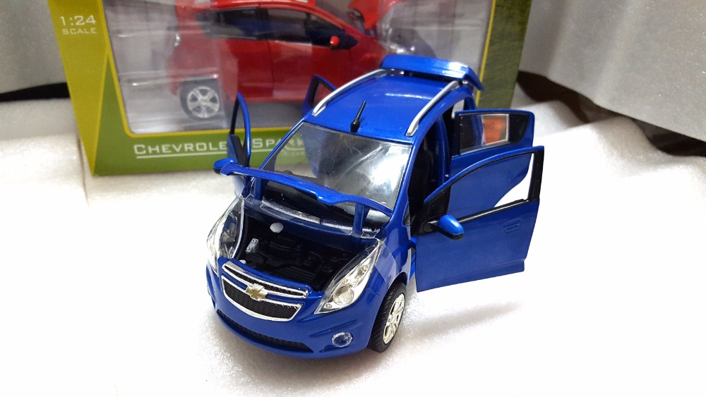 1:24 Diecast Model for Chevrolet Chevy Spark Blue Minicar Alloy Toy Car Miniature Collection Gifts (Alloy Toy Car, Diecast Scale Model Car, Collectible Model Car, Miniature Collection Die-cast Toy Vehicles Gifts)