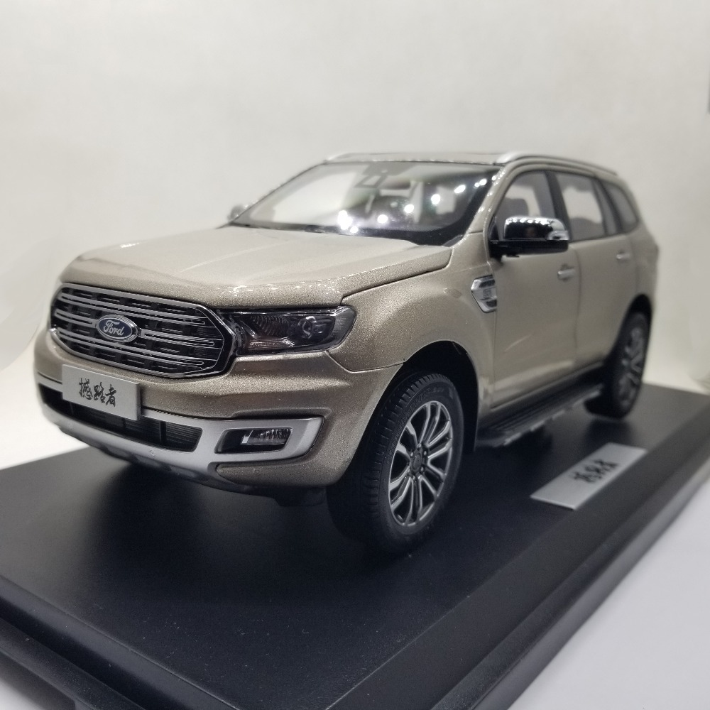 1:18 Diecast Model for Ford Everest Endeavour 2019 Brown SUV Alloy Toy Car Miniature Collection Gift Form Ranger