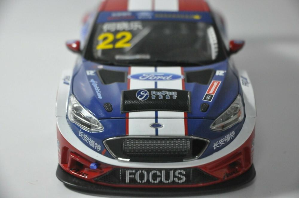 1:18 Diecast Model for Ford Focus 2019 Blue Racing Car #22 Alloy Toy Car Miniature Collection Gifts Freestyle