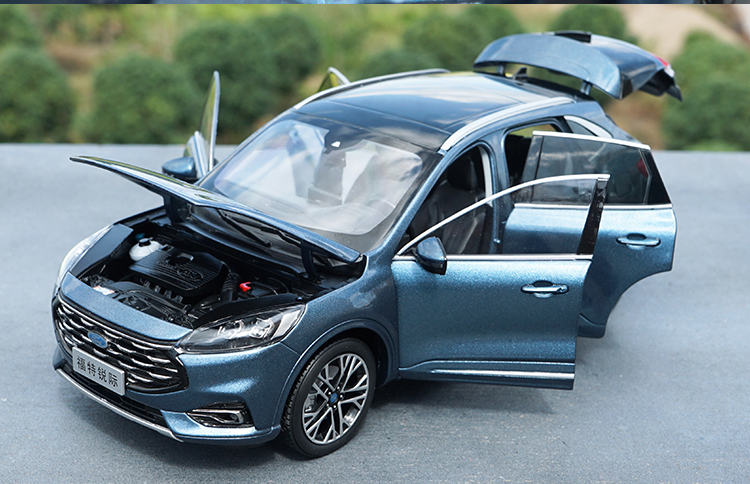 1:18 Diecast Model for Ford Kuga Escape 2020 Blue SUV Alloy Toy Car Miniature Collection Gifts Hot Selling. (Alloy Toy Car, Diecast Scale Model Car, Collectible Model Car, Miniature Collection Die cast Toy Vehicles Gifts)