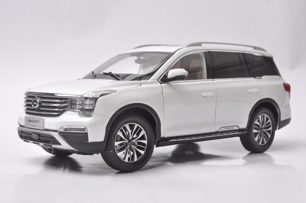 1:18 Diecast Model for GAC Trumpchi GS8 2016 Large SUV Alloy Toy Car Miniature Collection Gifts China Brand (Alloy Toy Car, Diecast Scale Model Car, Collectible Model Car, Miniature Collection Die-cast Toy Vehicles Gifts)