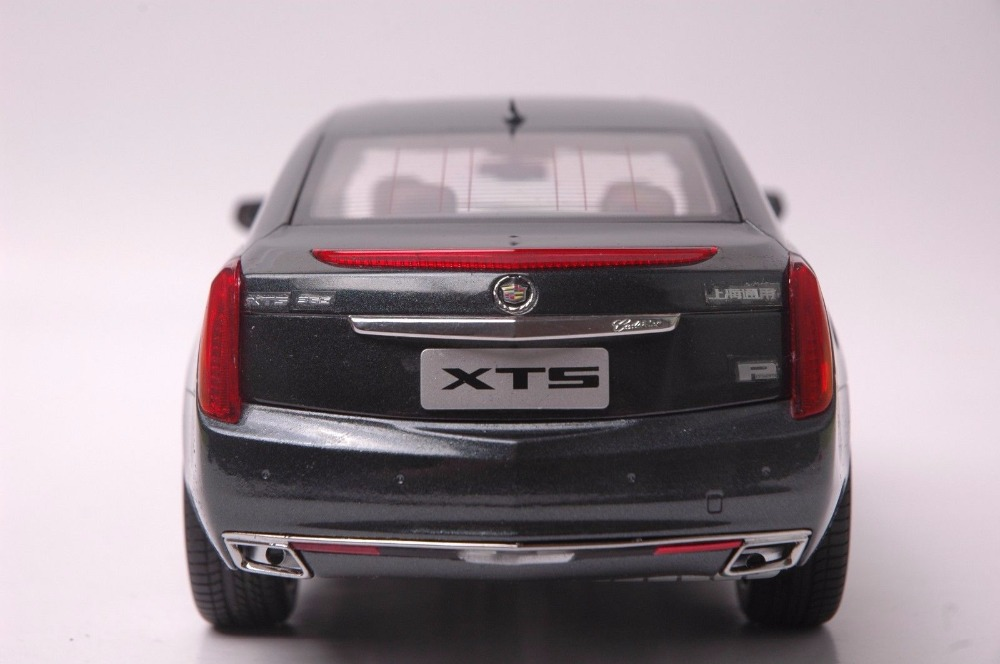1:18 Diecast Model for GM Cadillac XTS 2014 Gray Sedan Alloy Toy Car Miniature Collection Gifts ATS (Alloy Toy Car, Diecast Scale Model Car, Collectible Model Car, Miniature Collection Die-cast Toy Vehicles Gifts)