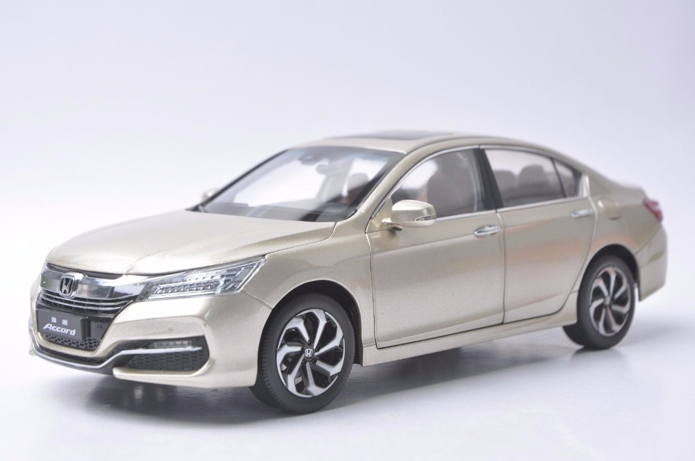 1:18 Diecast Model for Honda Accord 10 2016 Gold Alloy Toy Car Miniature Collection Gifts MK10 (Alloy Toy Car, Diecast Scale Model Car, Collectible Model Car, Miniature Collection Die-cast Toy Vehicles Gifts)