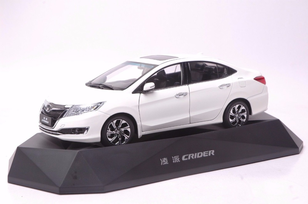 1:18 Diecast Model for Honda Crider 2016 White Sedan Alloy Toy Car Miniature Collection Gifts  (Alloy Toy Car, Diecast Scale Model Car, Collectible Model Car, Miniature Collection Die-cast Toy Vehicles Gifts)