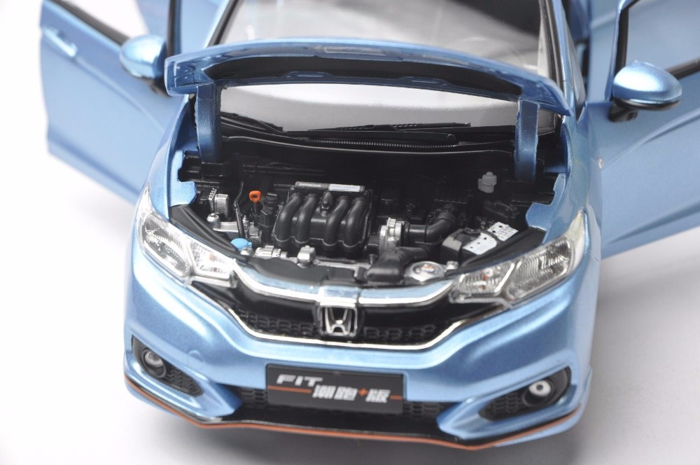 1:18 Diecast Model for Honda Fit Sport Jazz GK5 2018 Blue Hatchback Alloy Toy Car Miniature Collection Gifts (Alloy Toy Car, Diecast Scale Model Car, Collectible Model Car, Miniature Collection Die-cast Toy Vehicles Gifts)