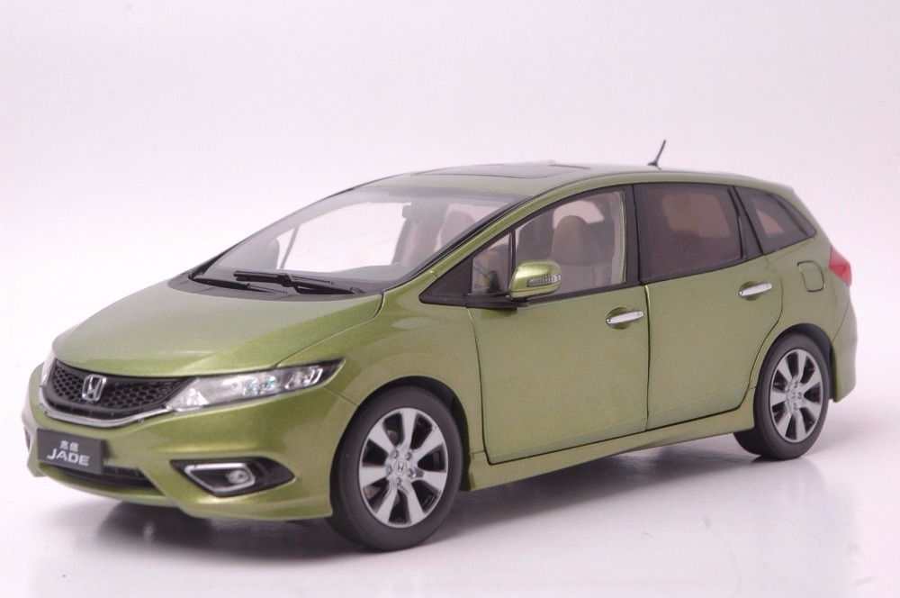 1:18 Diecast Model for Honda Jade Green Wagon Alloy Toy Car Miniature Collection Gifts Jazz Fit (Alloy Toy Car, Diecast Scale Model Car, Collectible Model Car, Miniature Collection Die cast Toy Vehicles Gifts)