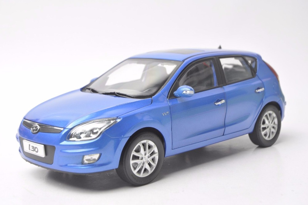 1:18 Diecast Model for Hyundai i30 Blue Hatchback Alloy Toy Car Miniature Collection Gift (Alloy Toy Car, Diecast Scale Model Car, Collectible Model Car, Miniature Collection Die-cast Toy Vehicles Gifts)