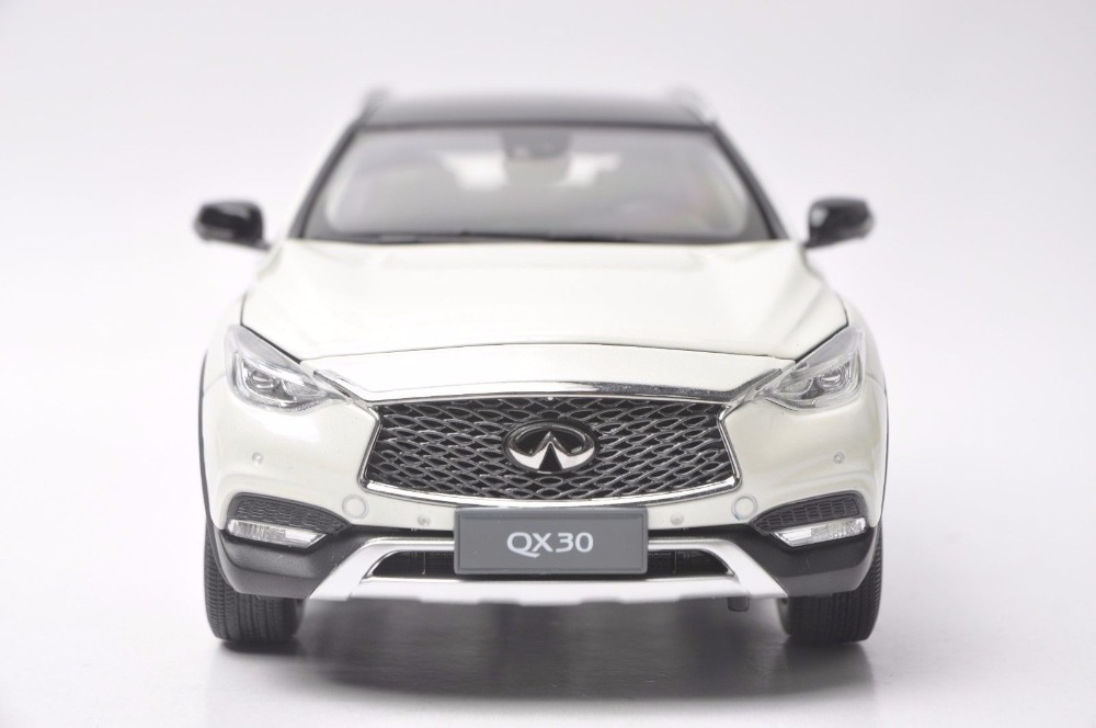 1:18 Diecast Model for Infiniti QX30 2017 White SUV Alloy Toy Car Miniature Collection Gift (Alloy Toy Car, Diecast Scale Model Car, Collectible Model Car, Miniature Collection Die-cast Toy Vehicles Gifts)