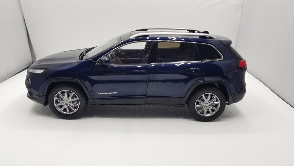 1:18 Diecast Model for Jeep Cherokee 2016 Blue SUV Alloy Toy Car Miniature Collection Gifts  (Alloy Toy Car, Diecast Scale Model Car, Collectible Model Car, Miniature Collection Die-cast Toy Vehicles Gifts)