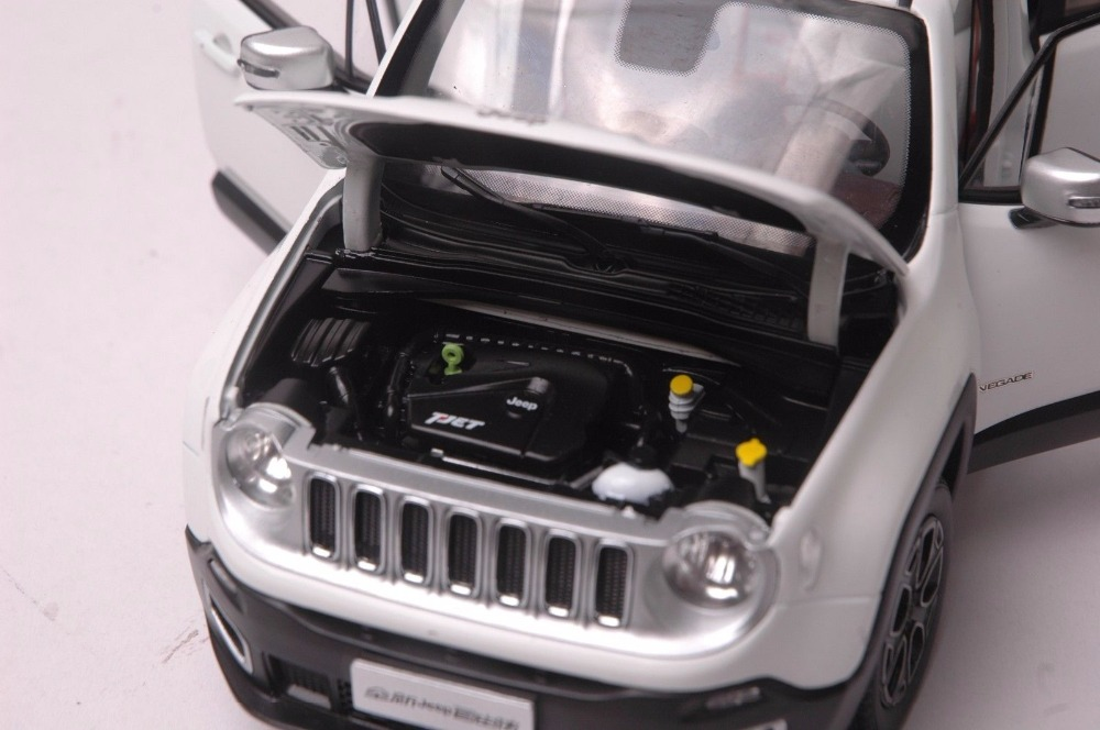 1:18 Diecast Model for Jeep Renegade 2016 White SUV Alloy Toy Car Miniature Collection Gift (Alloy Toy Car, Diecast Scale Model Car, Collectible Model Car, Miniature Collection Die-cast Toy Vehicles Gifts)