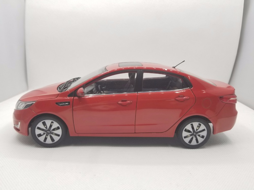 1:18 Diecast Model for Kia K2 Rio 2011 Red Alloy Toy Car Miniature Collection Gifts (Alloy Toy Car, Diecast Scale Model Car, Collectible Model Car, Miniature Collection Die-cast Toy Vehicles Gifts)