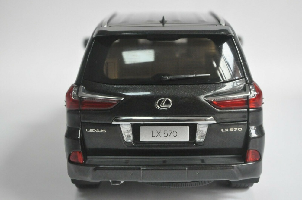 1:18 Diecast Model for Lexus LX570 2019 Black SUV Alloy Toy Car Miniature Collection Gifts Hot Selling LX 570