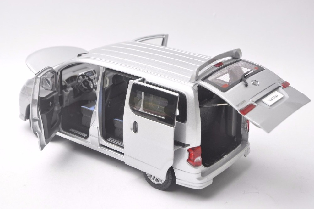 1:18 Diecast Model for Nissan All New NV200 Vanette Silver MPV Alloy Toy Car Miniature Collection Gifts (Alloy Toy Car, Diecast Scale Model Car, Collectible Model Car, Miniature Collection Die-cast Toy Vehicles Gifts)