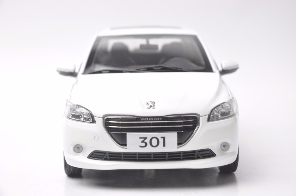 1:18 Diecast Model for Peugeot 301 White Sedan Alloy Toy Car Miniature Collection Gift (Alloy Toy Car, Diecast Scale Model Car, Collectible Model Car, Miniature Collection Die-cast Toy Vehicles Gifts)