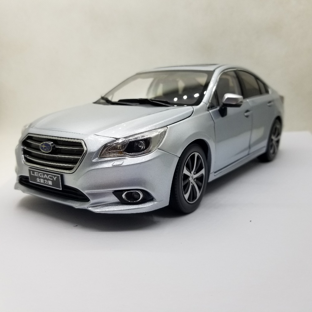 1:18 Diecast Model for Subaru Legacy 2017 Sport Sedan Alloy Toy Car Miniature Collection Gifts