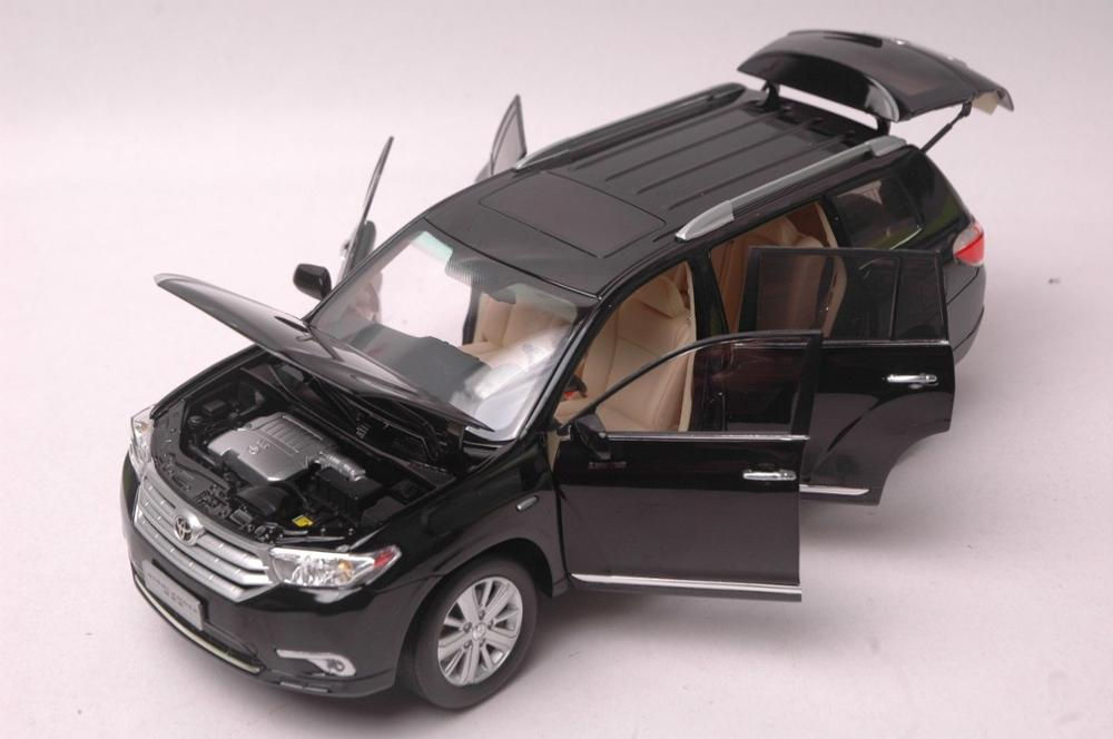 1:18 Diecast Model for Toyota Highlander 2012 Black SUV Alloy Toy Car Miniature Collection Gift (Alloy Toy Car, Diecast Scale Model Car, Collectible Model Car, Miniature Collection Die-cast Toy Vehicles Gifts)