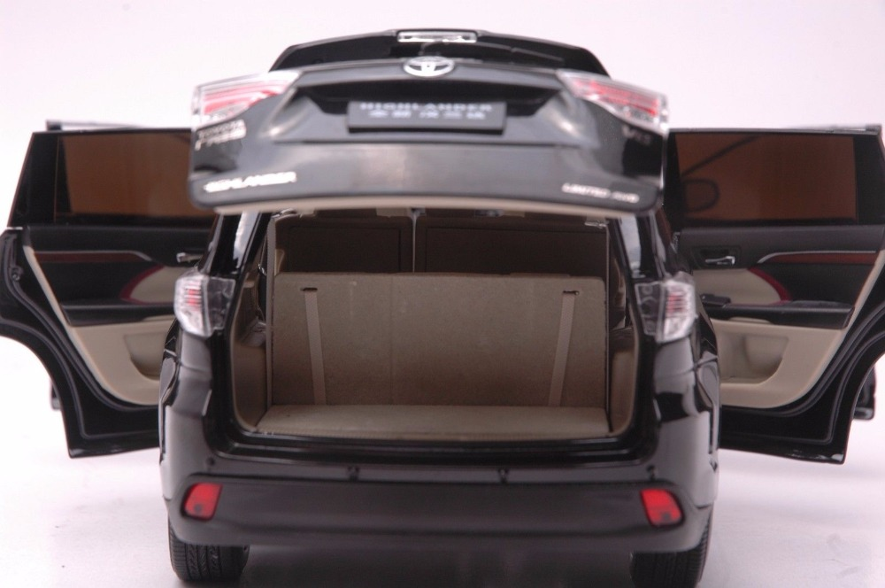 1:18 Diecast Model for Toyota Highlander 2015 Black SUV Alloy Toy Car Miniature Collection Gifts (Alloy Toy Car, Diecast Scale Model Car, Collectible Model Car, Miniature Collection Die-cast Toy Vehicles Gifts)