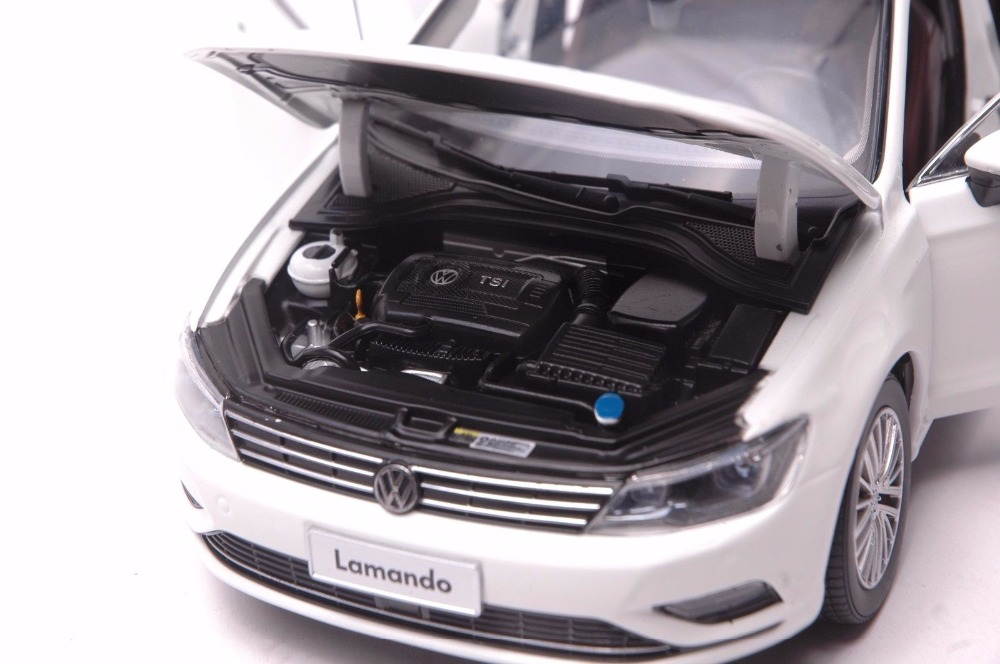 1:18 Diecast Model for Volkswagen VW Lamando 2015 Alloy Toy Car Miniature Collection Gift  (Alloy Toy Car, Diecast Scale Model Car, Collectible Model Car, Miniature Collection Die-cast Toy Vehicles Gifts)
