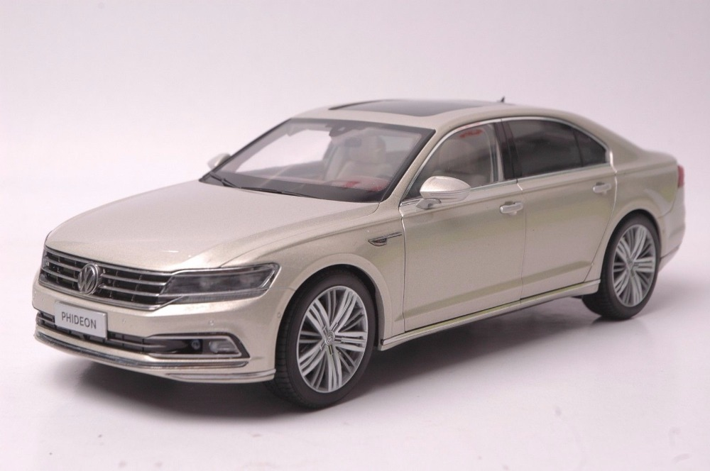 1:18 Diecast Model for Volkswagen VW Phideon 2016 Gold Alloy Toy Car Miniature Collection Gift (Alloy Toy Car, Diecast Scale Model Car, Collectible Model Car, Miniature Collection Die-cast Toy Vehicles Gifts)