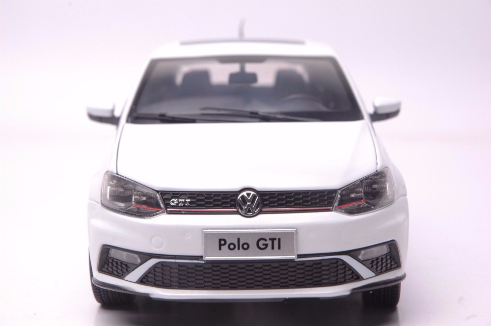1:18 Diecast Model for Volkswagen VW Polo GTI 2015 White Alloy Toy Car Miniature Collection Gift (Alloy Toy Car, Diecast Scale Model Car, Collectible Model Car, Miniature Collection Die-cast Toy Vehicles Gifts)