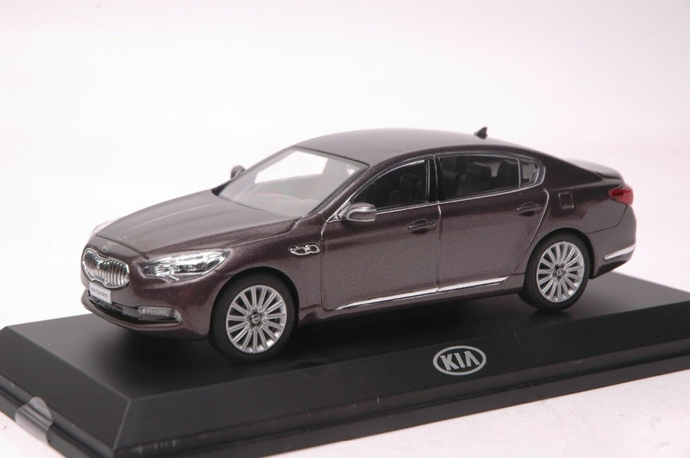 1:32 Diecast Model for Kia K9 Quoris Brown Sedan Alloy Toy Car Miniature Collection Gifts