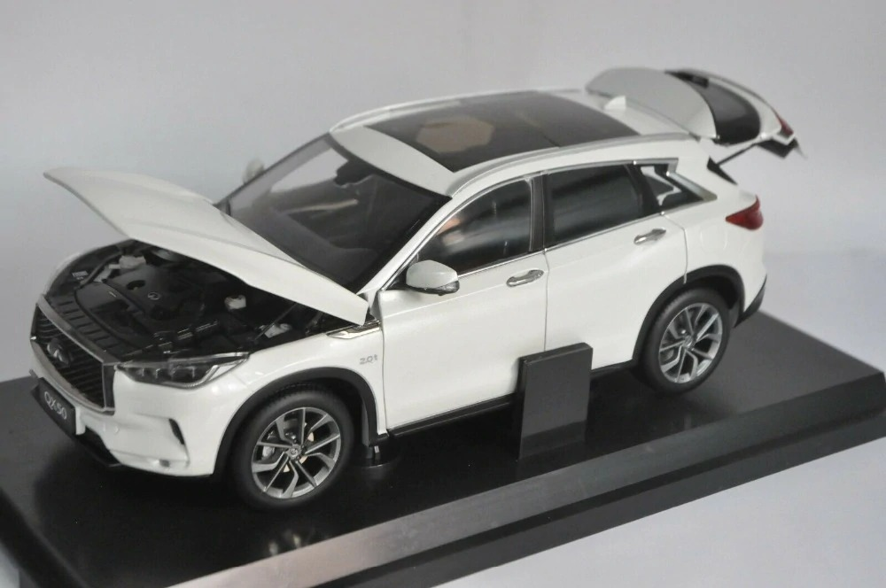 1:18 Diecast Model for Nissan Infiniti QX50 2018 White SUV Alloy Toy Car Miniature Collection Gifts Hot Selling QX EX25