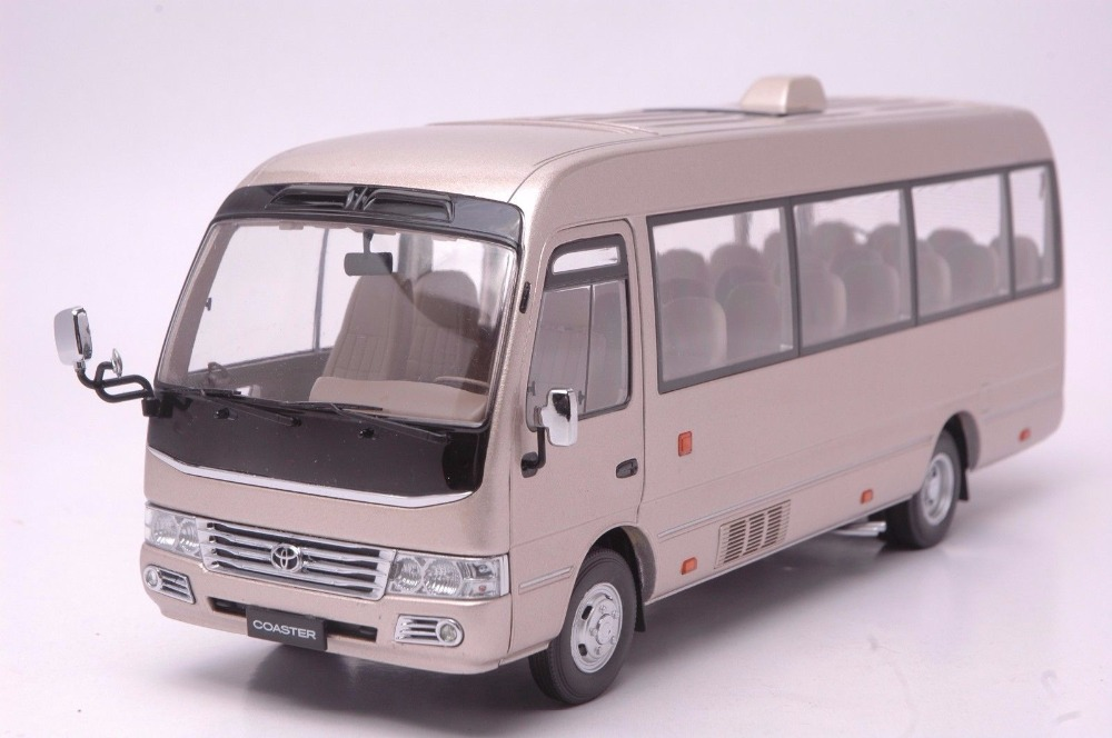 1:24 Diecast Model for Toyota Coaster Gold Bus Alloy Toy Car Miniature Collection Gifts (Alloy Toy Car, Diecast Scale Model Car, Collectible Model Car, Miniature Collection Die-cast Toy Vehicles Gifts)