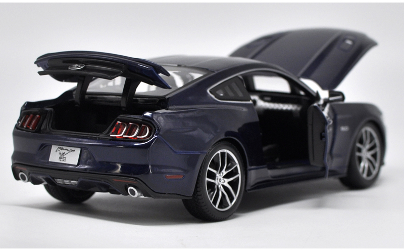 1/18 Ford Mustang GT 5.0 2015 Alloy Toy Car, Diecast Scale Model Car, Collectible Model Car, Miniature Collection Die-cast Toy Vehicles Gifts