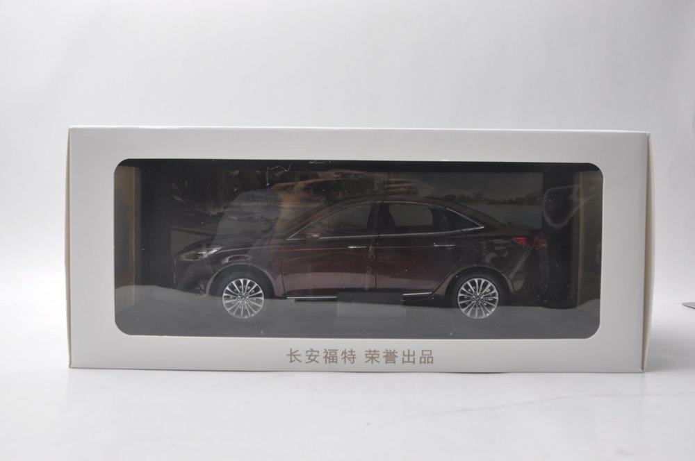1/18 Ford New ESCORT 2019 Brown Sedan Alloy Toy Car, Diecast Scale Model Car, Collectible Model Car, Miniature Collection Die-cast Toy Vehicles Gifts