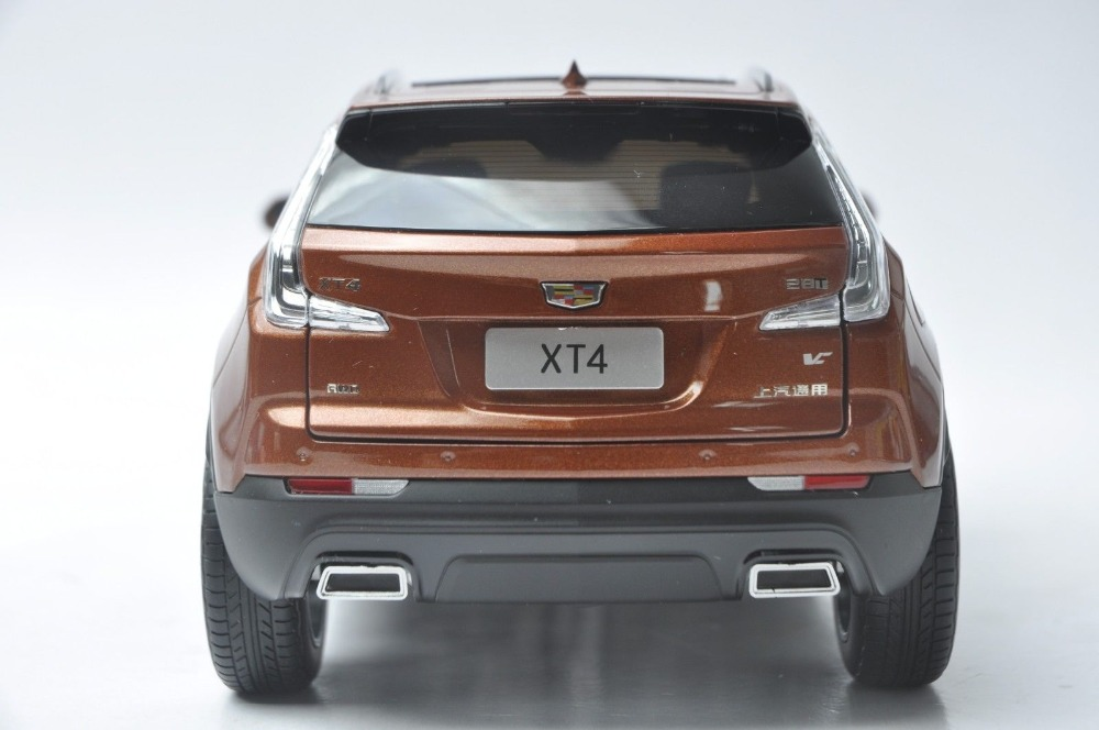 1/18 GM Cadillac XT4 XT Orange SUV 2018 Alloy Toy Car, Diecast Scale Model Car, Collectible Model Car, Miniature Collection Die-cast Toy Vehicles Gifts