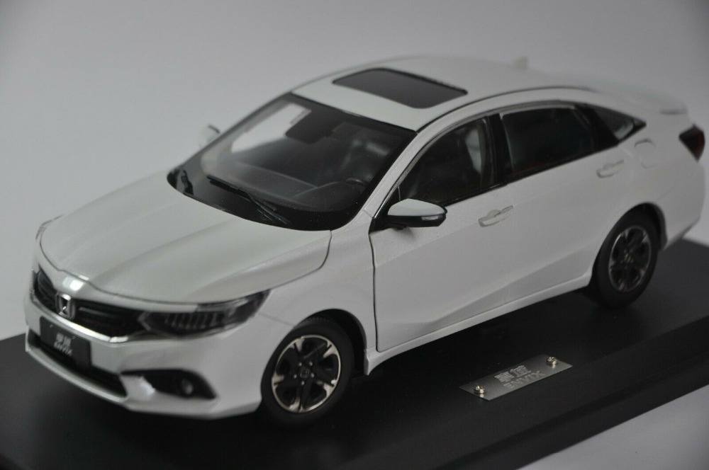 1/18 Honda Envix 2019 White Sedan Alloy Toy Car, Diecast Scale Model Car, Collectible Model Car, Miniature Collection Die-cast Toy Vehicles Gifts