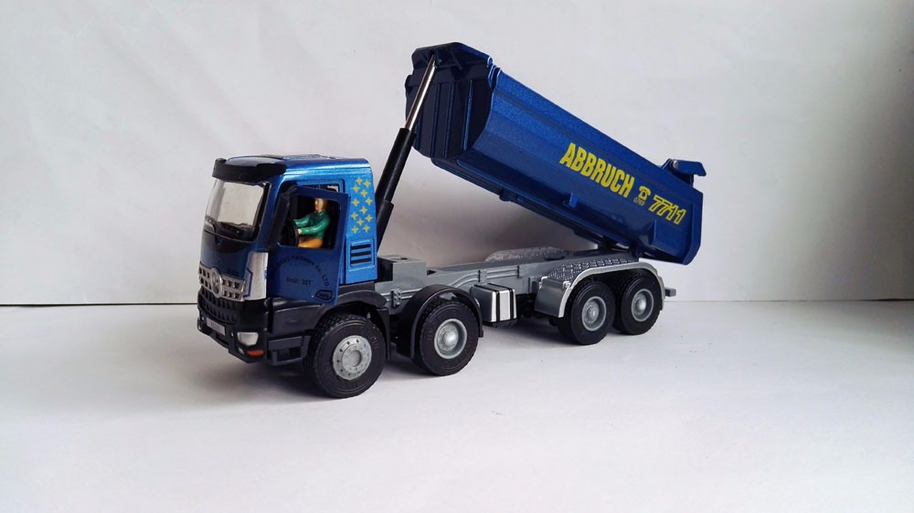 1:50 JING BANG Truck With Blue toy Truck toy, (Scale Model Truck, Construction vehicles Scale Model, Alloy Toy Car, Diecast Scale Model Car, Collectible Model Car, Miniature Collection Die-cast Toy Vehicles Gifts).