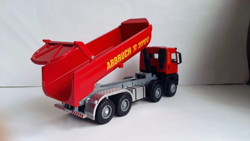 1:50 JING BANG Truck With Red toy Truck toy, (Scale Model Truck, Construction vehicles Scale Model, Alloy Toy Car, Diecast Scale Model Car, Collectible Model Car, Miniature Collection Die-cast Toy Vehicles Gifts).