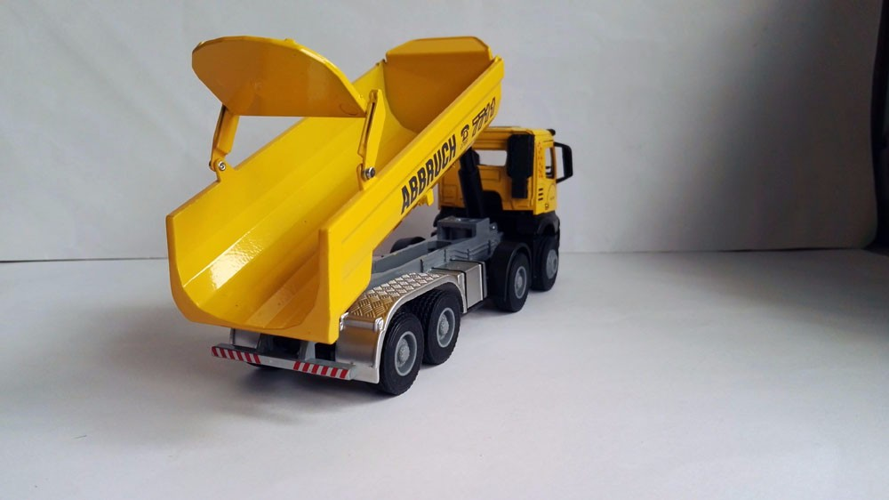 1:50 JING BANG Truck With Yellow toy Truck toy, (Scale Model Truck, Construction vehicles Scale Model, Alloy Toy Car, Diecast Scale Model Car, Collectible Model Car, Miniature Collection Die-cast Toy Vehicles Gifts).
