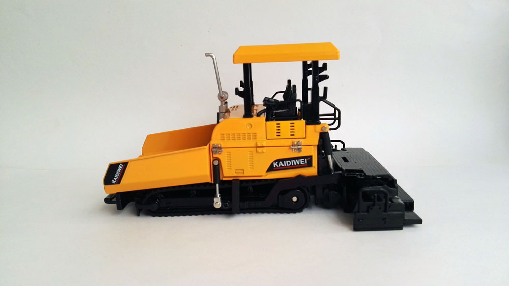 1:50 KAIDIWEI Alloy Paver with yellow Toy, (Scale Model Truck, Construction vehicles Scale Model, Alloy Toy Car, Diecast Scale Model Car, Collectible Model Car, Miniature Collection Die cast Toy Vehicles Gifts).
