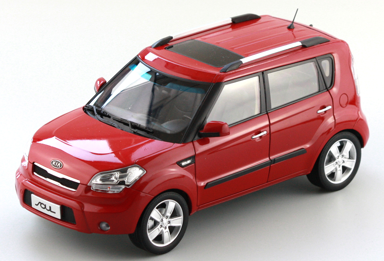 1/18 Kia Soul 2014 Red City SUV Alloy Toy Car, Diecast Scale Model Car, Collectible Model Car, Miniature Collection Die-cast Toy Vehicles Gifts