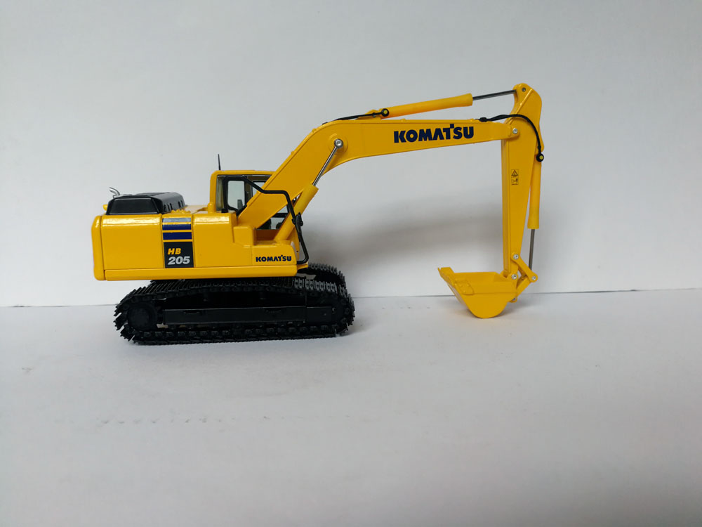 1:50 Komatsu HB 205 EXCAVATOR Diecast Model Toy, (Scale Model Truck, Construction vehicles Scale Model, Alloy Toy Car, Diecast Scale Model Car, Collectible Model Car, Miniature Collection Die cast Toy Vehicles Gifts).