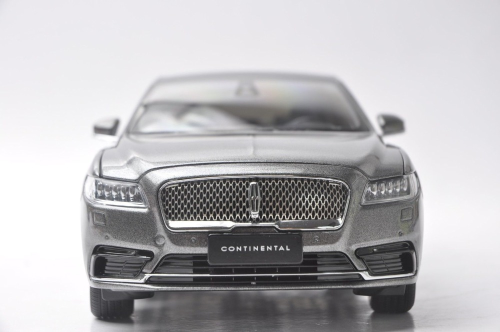 1/18 Lincoln Continental 2018 Gray Luxuy Sedan Original Factory Alloy Toy Car, Diecast Scale Model Car, Collectible Model Car, Miniature Collection Die-cast Toy Vehicles Gifts
