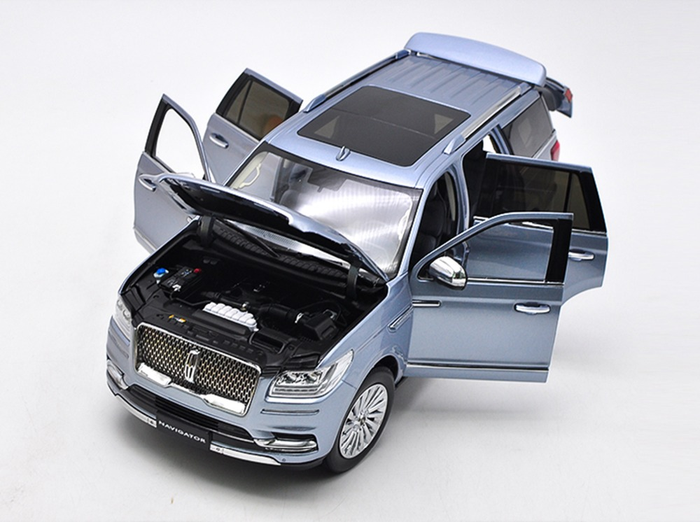 1/18 Lincoln Navigator 2018 Light Blue Luxuy SUV Original Factory Alloy Toy Car, Diecast Scale Model Car, Collectible Model Car, Miniature Collection Die-cast Toy Vehicles Gifts