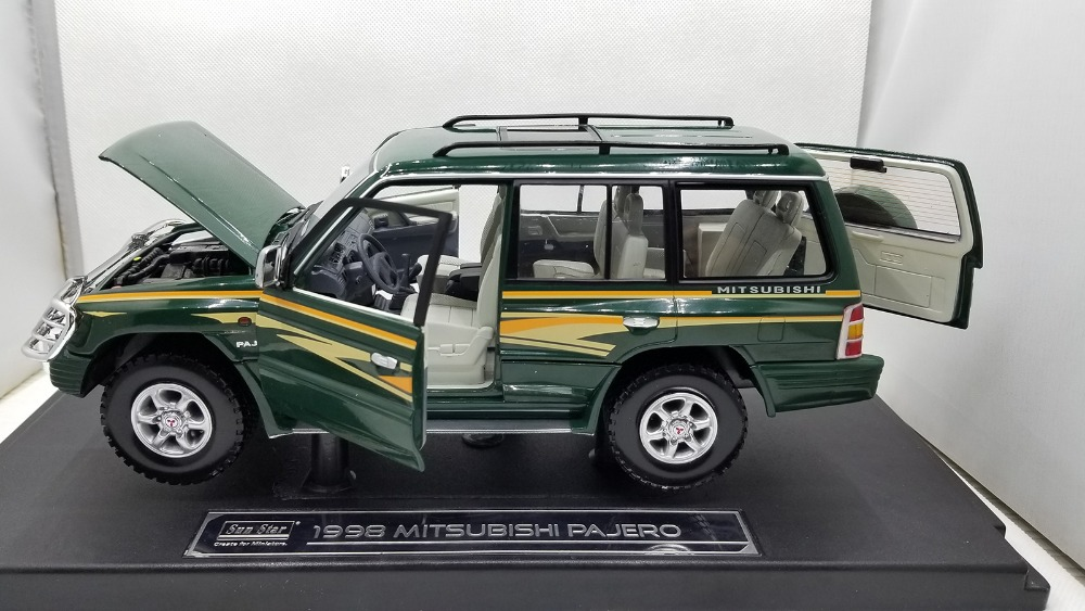1/18 Mitsubishi Pajero 1998 Classic SUV Alloy Toy Car, Diecast Scale Model Car, Collectible Model Car, Miniature Collection Die-cast Toy Vehicles Gifts