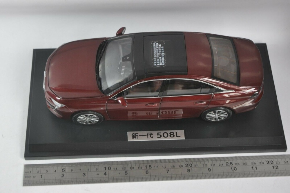 1/18 Peugeot 508L 508 2019 Red Rare Alloy Toy Car, Diecast Scale Model Car, Collectible Model Car, Miniature Collection Die-cast Toy Vehicles Gifts