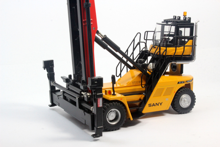 1:50 SANY Empty Container Handler toy, (Scale Model Truck, Construction vehicles Scale Model, Alloy Toy Car, Diecast Scale Model Car, Collectible Model Car, Miniature Collection Die cast Toy Vehicles Gifts).