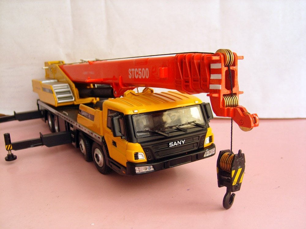 1:43 SANY STC500 Truck Crane toy, (Scale Model Truck, Construction vehicles Scale Model, Alloy Toy Car, Diecast Scale Model Car, Collectible Model Car, Miniature Collection Die cast Toy Vehicles Gifts).