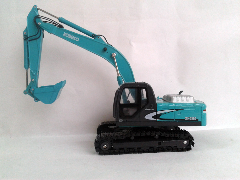 1:40 SK200-8 Hydraulic Excavator toy, (Scale Model Truck, Construction vehicles Scale Model, Alloy Toy Car, Diecast Scale Model Car, Collectible Model Car, Miniature Collection Die cast Toy Vehicles Gifts).