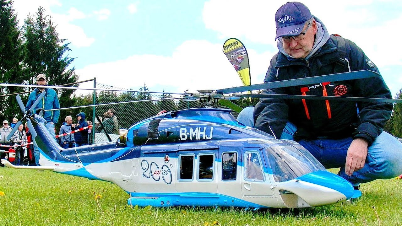 BELL-UH 1D AMAZING RC ELECTRIC SCALE MODEL HELICOPTER FLIGHT DEMONSTRATION