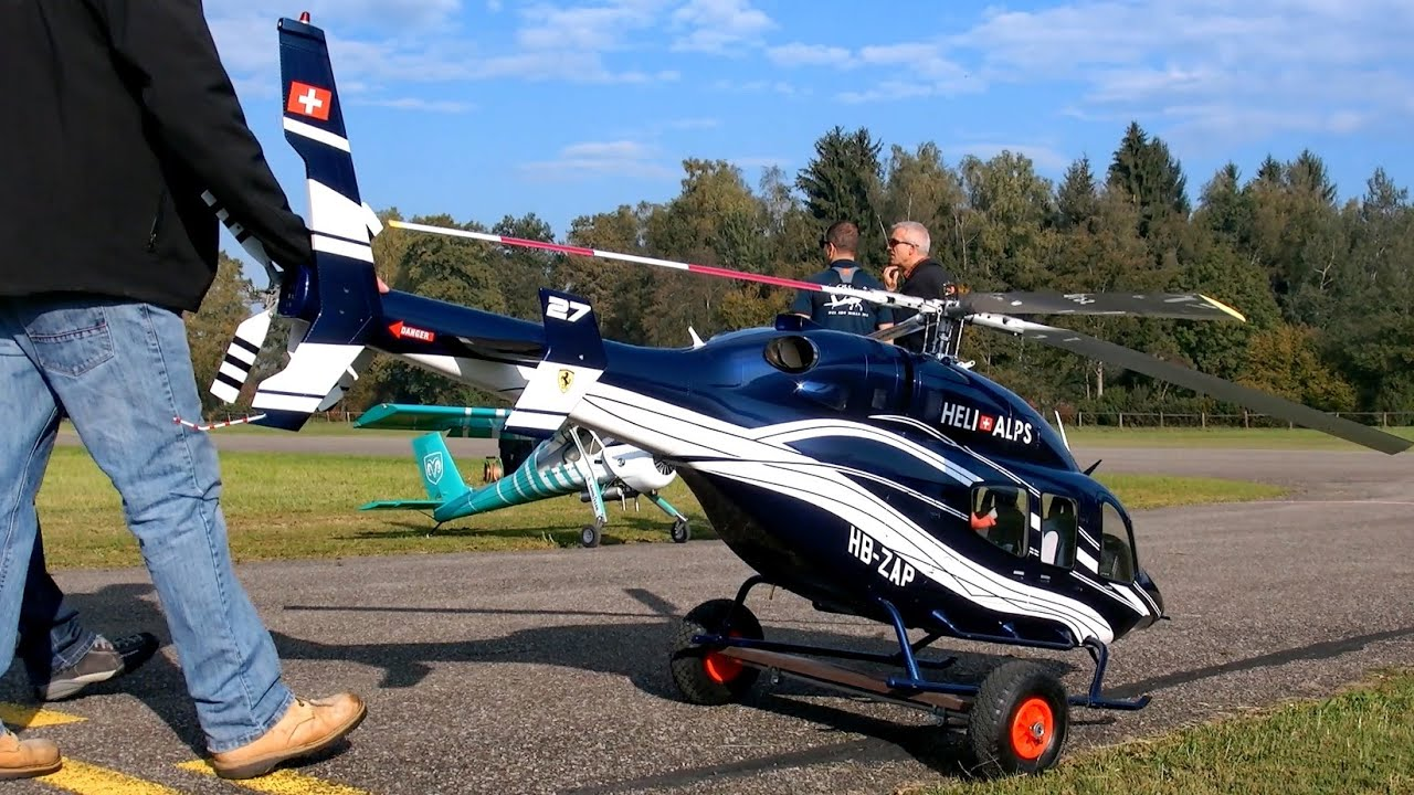 AGUSTA A-109 HUGE XXL RC SCALE MODEL TURBINE HELICOPTER FLIGHT DEMONSTRATION